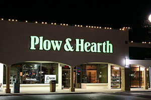 Plow & Hearth store front